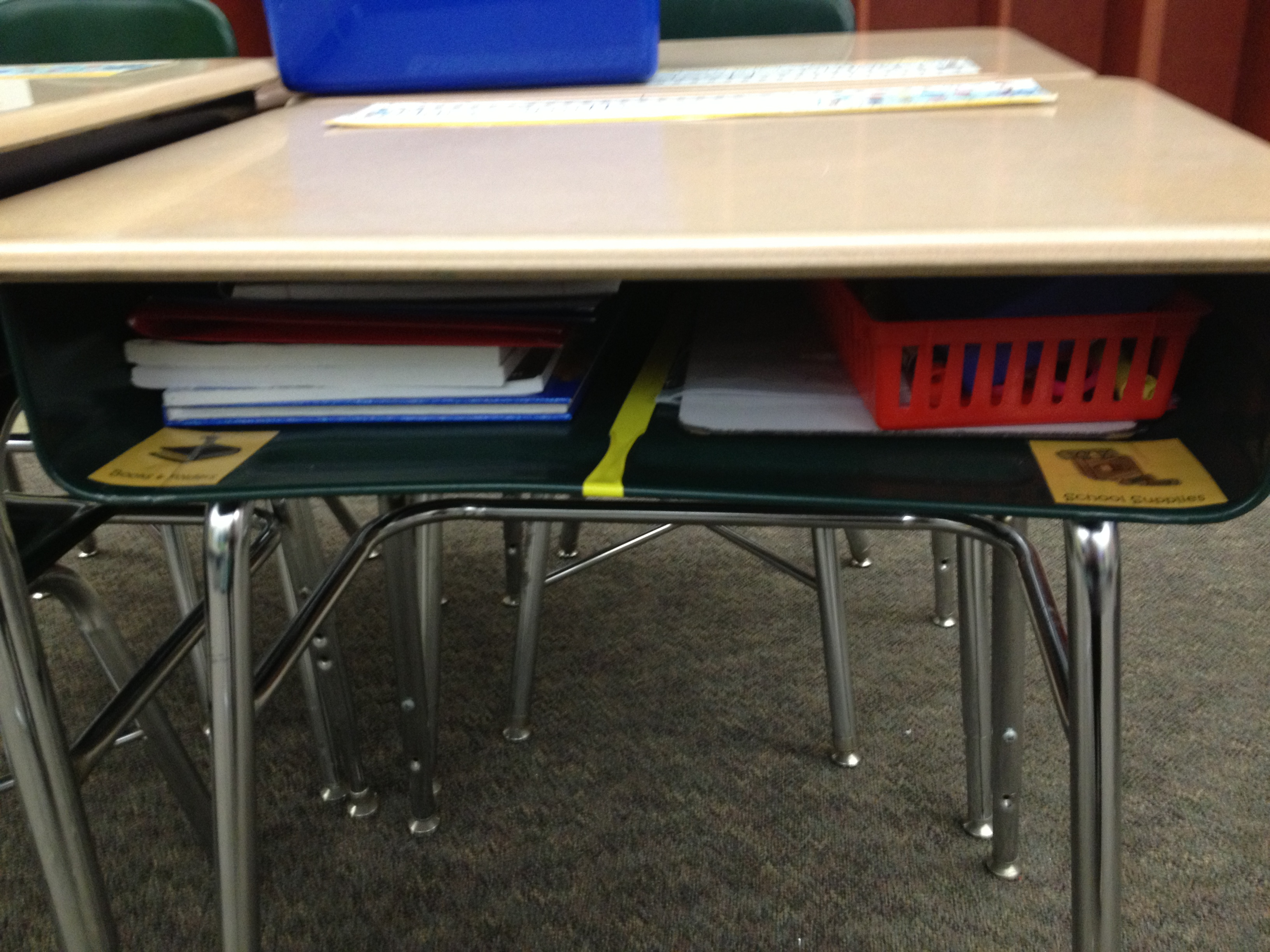 Tips And Tricks For Keeping Student Desks Tidy